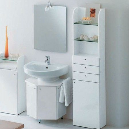 Arredamento bagno 10 idee per recuperare spazio design mag for Bathroom cabinets small spaces