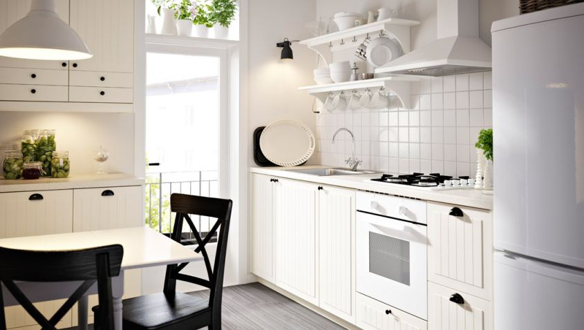 Emejing Rinnovare Cucina Fai Da Te Contemporary - Ideas & Design ...