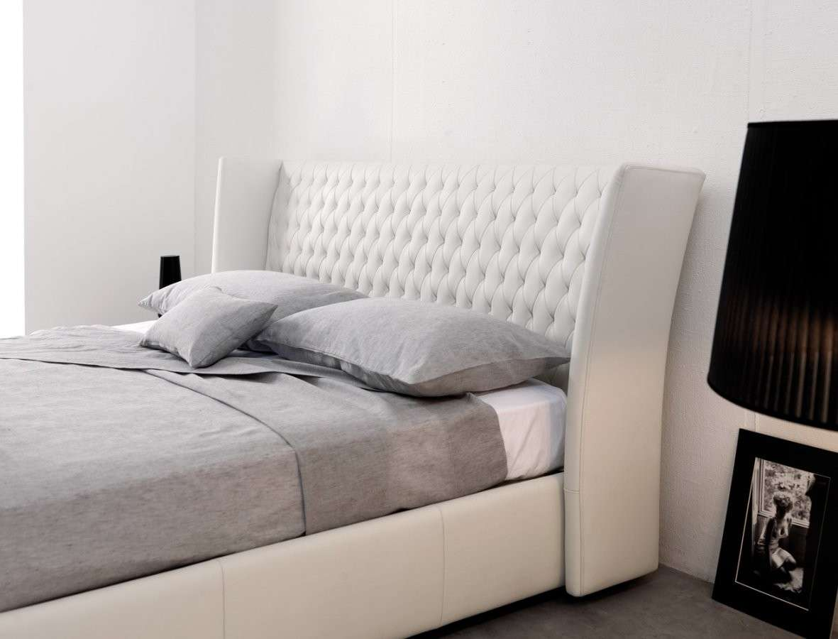 Testiera Letto Con Cuscini Fai Da Te. Elegant Pin It On Pinterest ...