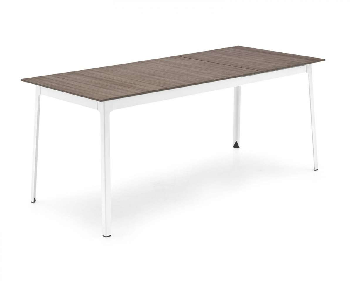 Tavolo ovale ikea idee di design nella vostra casa for Ikea table ovale