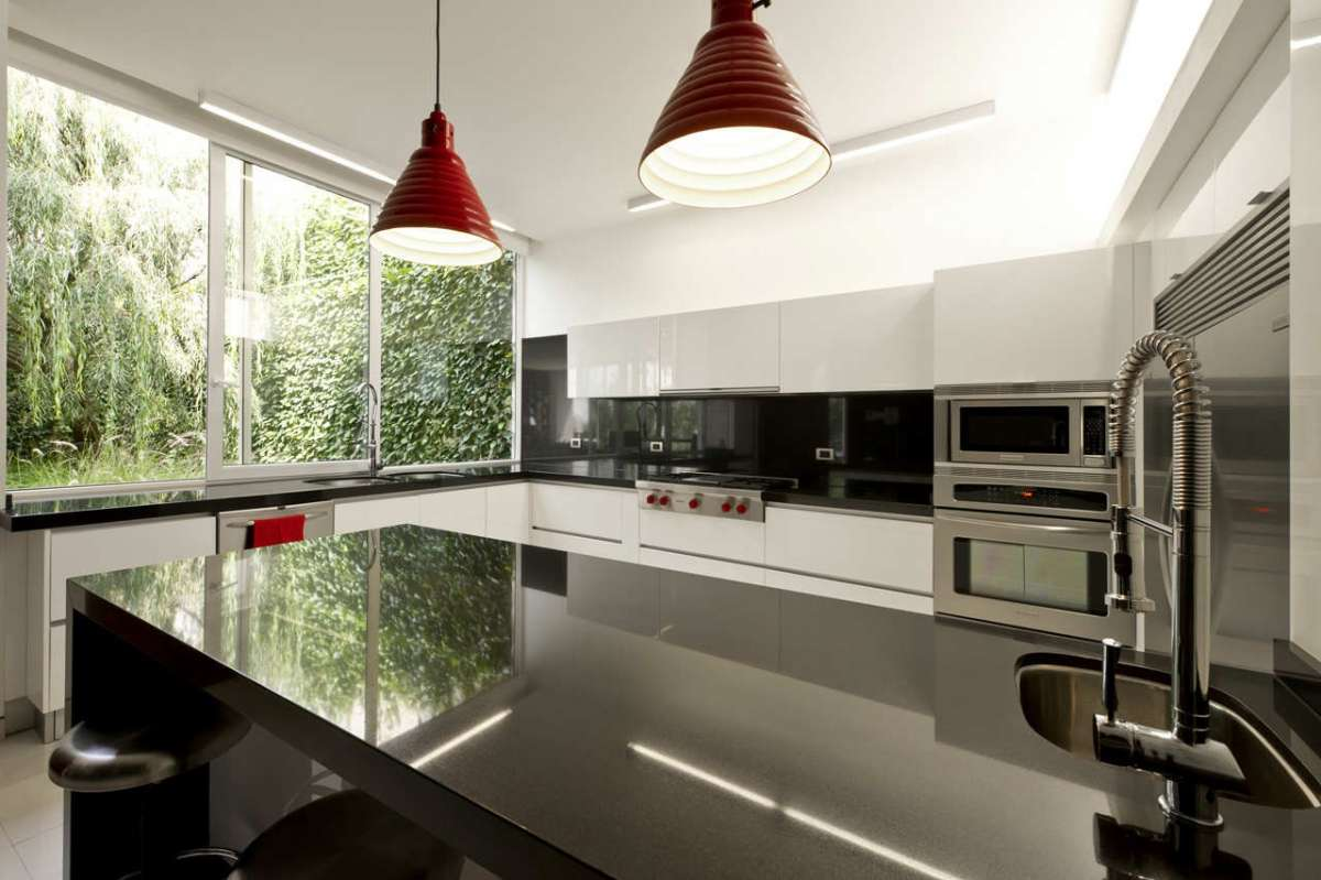 Classic And Modern Kitchens Vintage Kitchen Offers A Refreshing Modern Take On Fifties Style