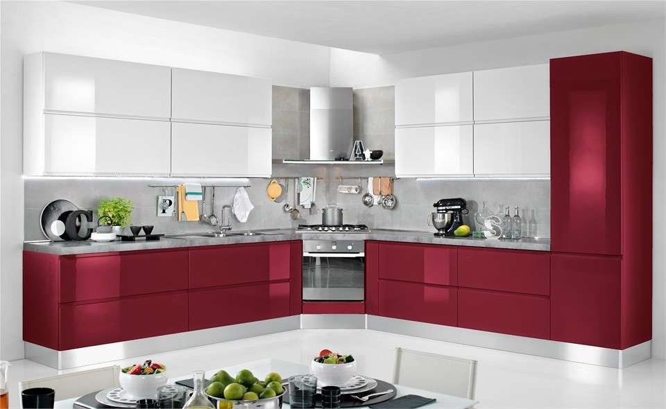 Cucine bianche lucide fabulous cucina moderna bianca with - Piastrelle rosse lucide ...