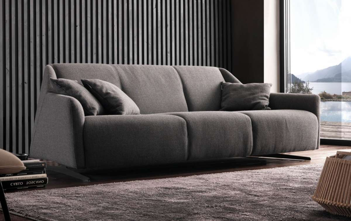 Divani chateau d ax leather sofa - Clara Chateau D Ax 2016