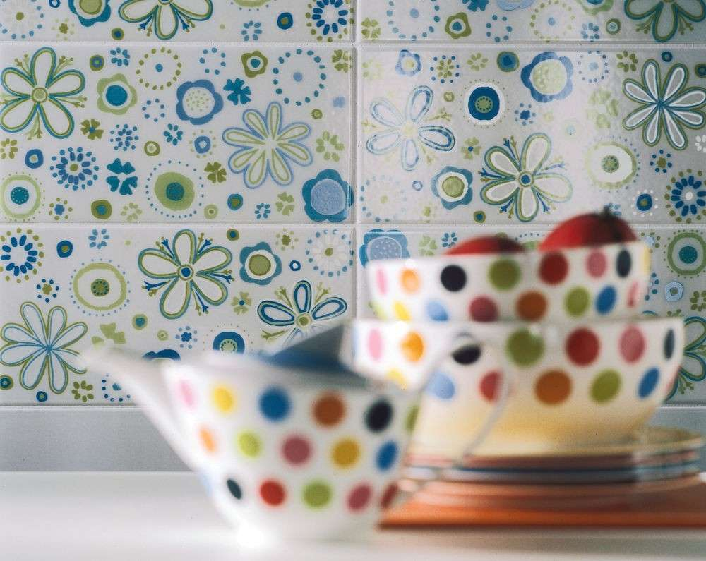 Piastrelle in ceramica foto design mag - Ceramiche decorative ...