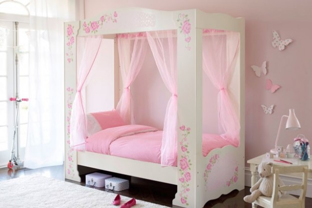 Cameretta Bimba Romantica. Nice Little Nook For A Kids Room Although ...