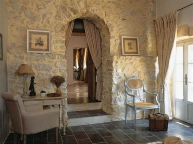 Camera Da Letto Rustica : Stone Walls French Country Interiors