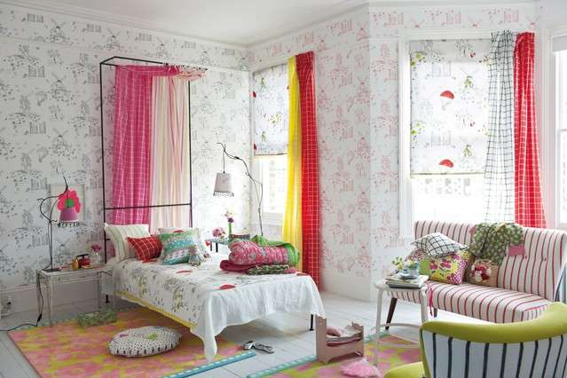 Camerette per ragazze 20 idee romantiche e moderne da for Girls bedroom wallpaper ideas