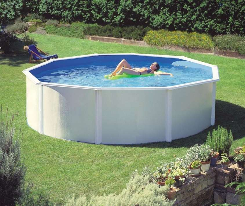 Piscine fuori terra foto 12 33 design mag for Italica piscinas