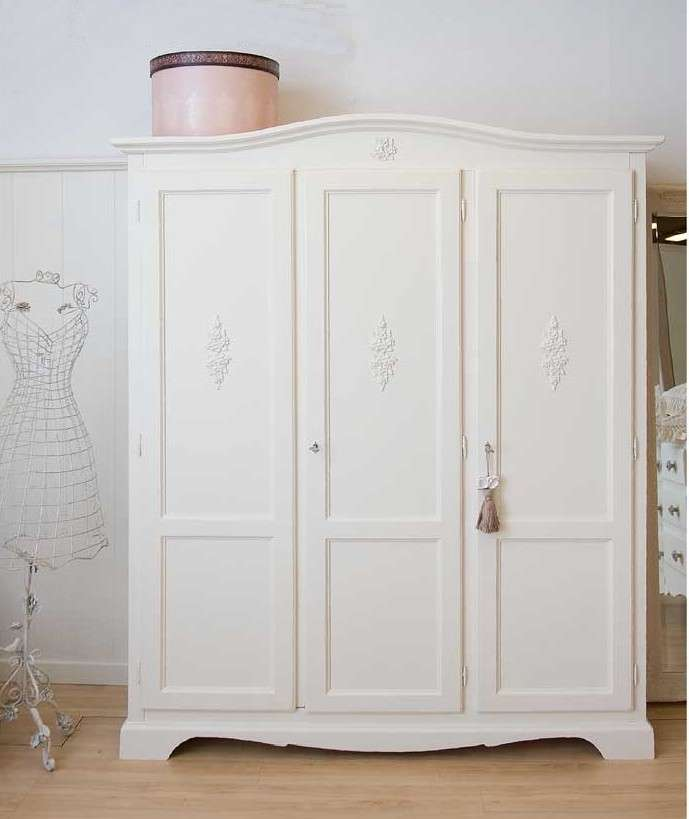 Armadi in stile provenzale foto 11 40 design mag for Armadio shabby ikea