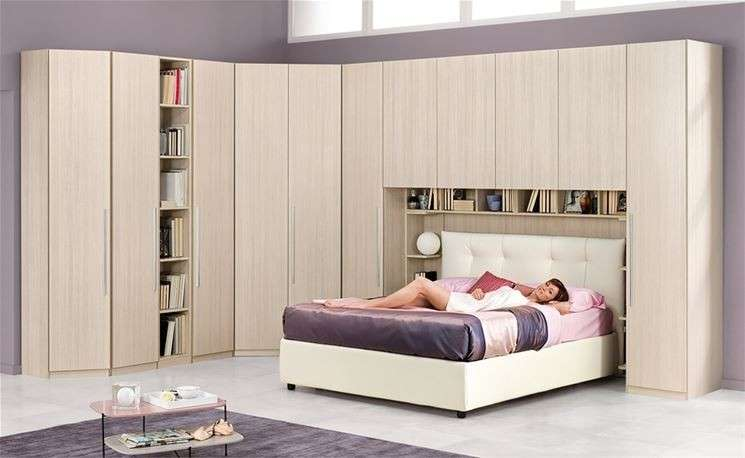 Camere da letto matrimoniali a ponte 2016 foto 23 40 for Mobile letto a scomparsa mondo convenienza