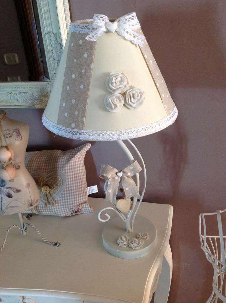 Come realizzare abat jour fai da te foto design mag for Decorare stanza shabby chic