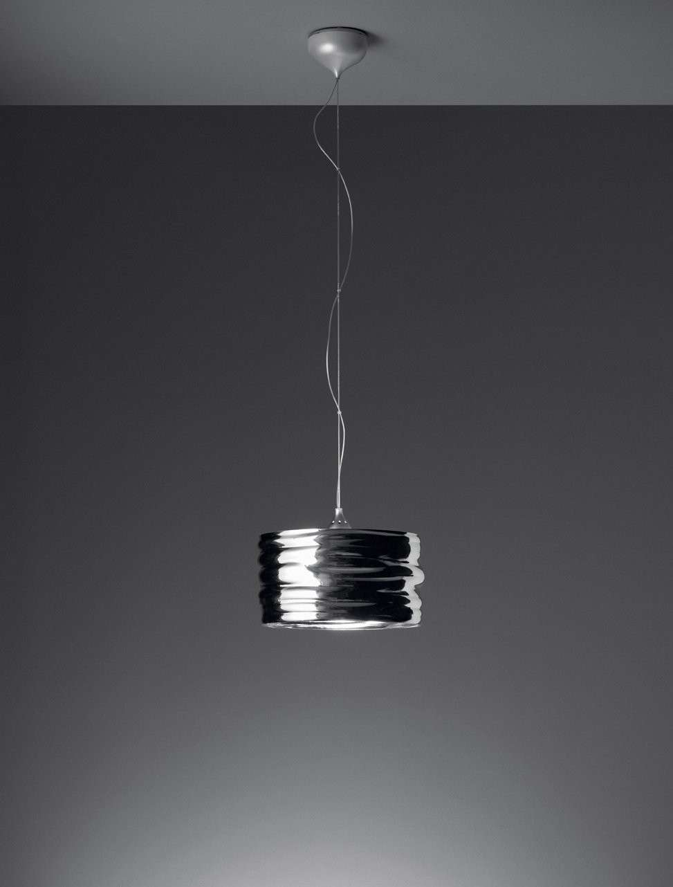 Lampadari a led foto design mag - Lampada led design ...