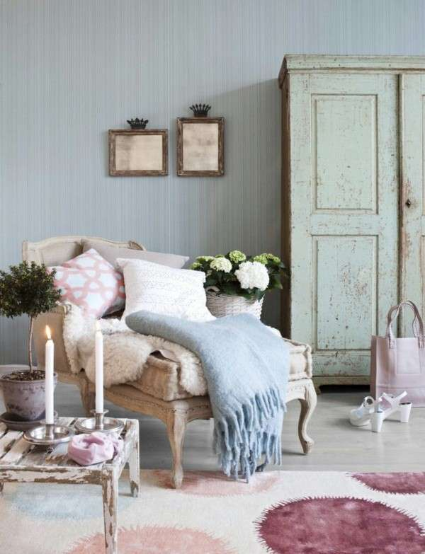 Carta da parati a righe shabby chic