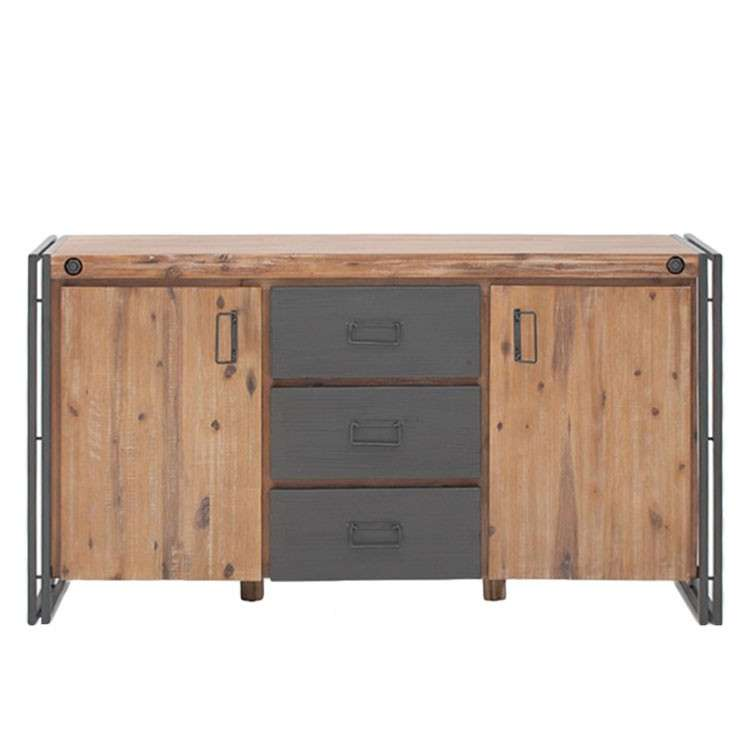 Credenza in stile industriale