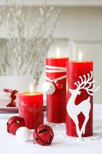 Candele rosse decorate