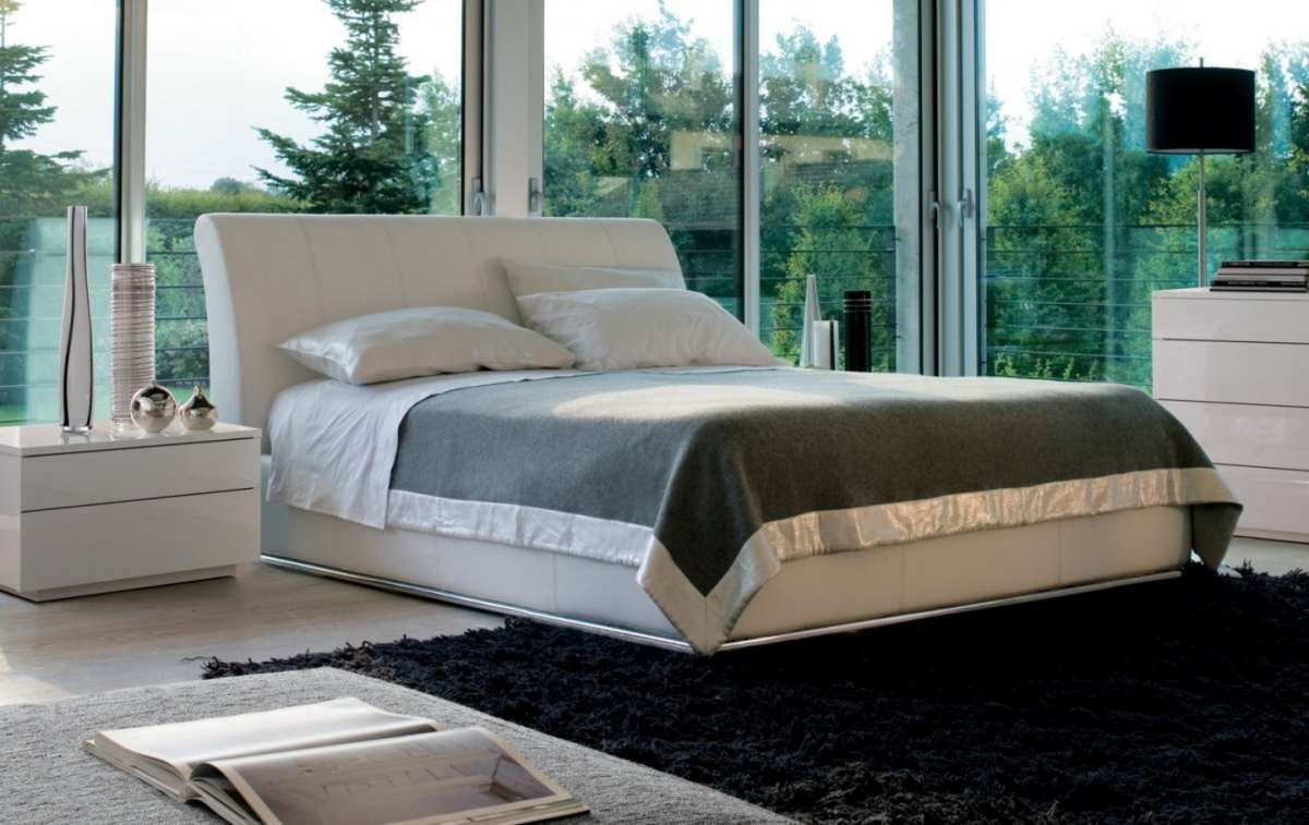 Letto in pelle Fifty