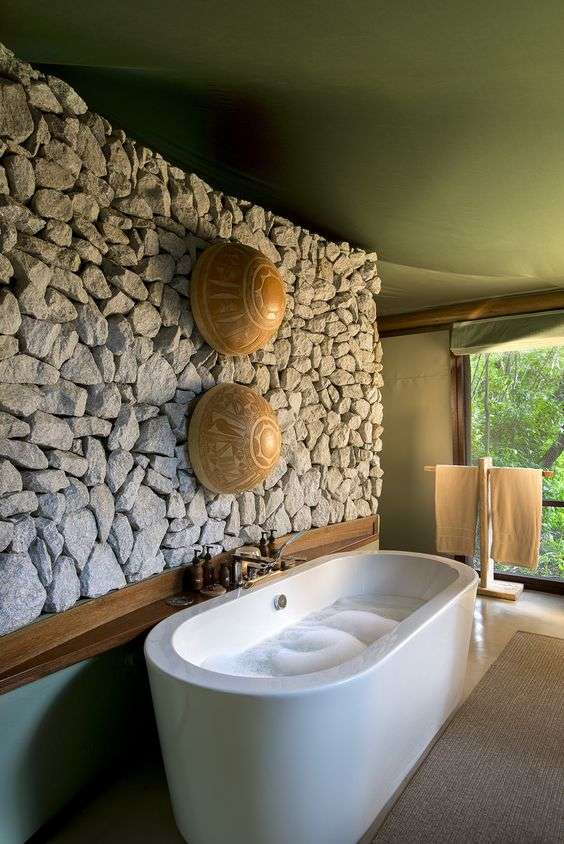 Bagno in stile afro chic