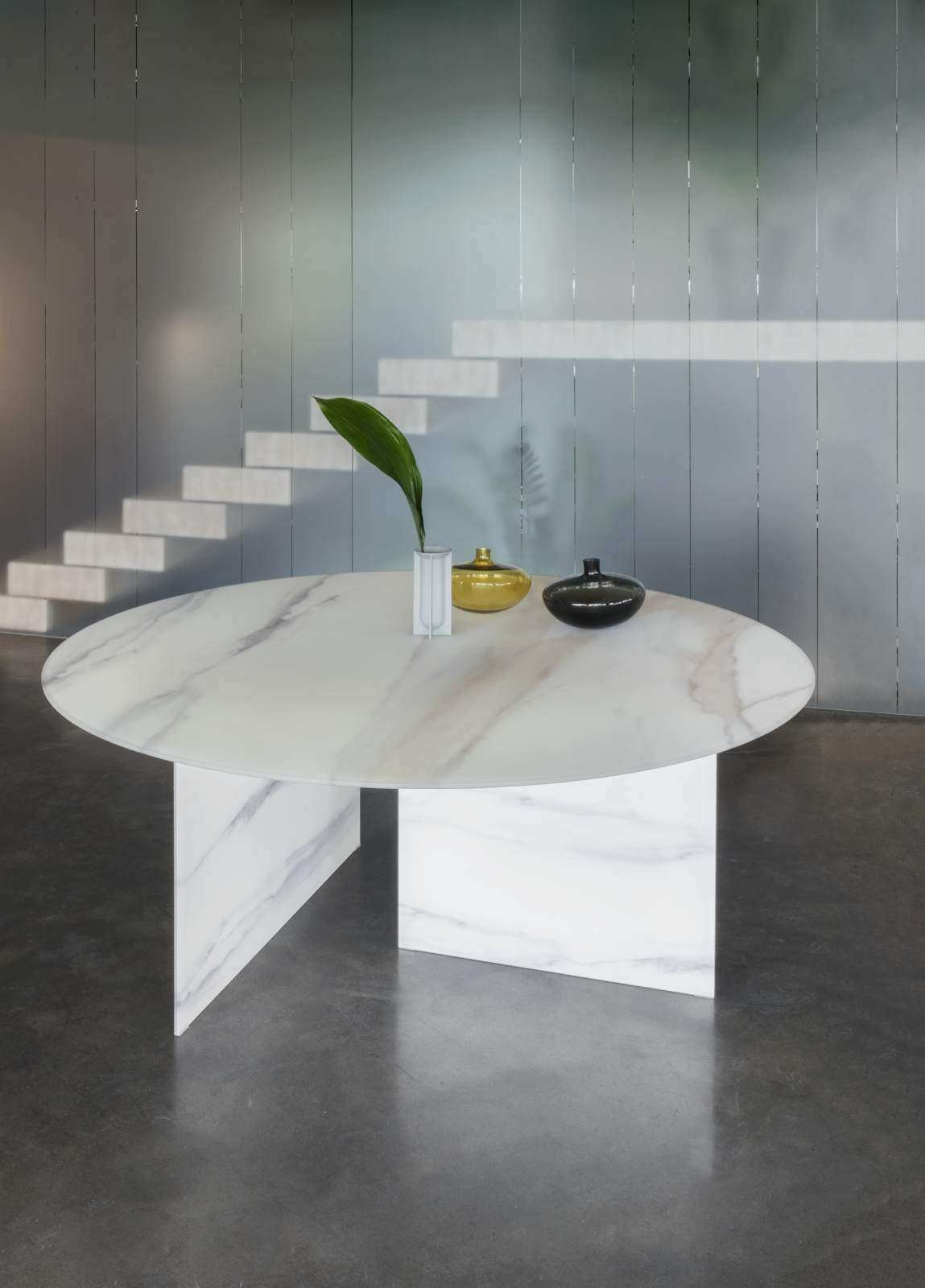 STRATUM TABLE Lago