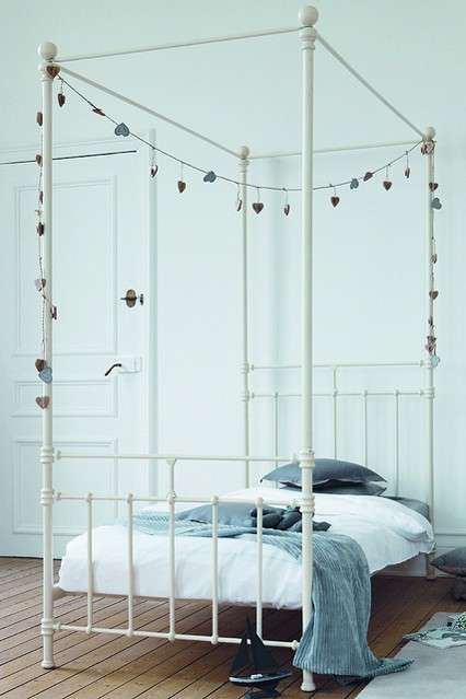 Cameretta Four Poster Style