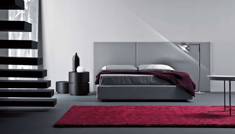 https://static.designmag.it/designmag/fotogallery/1200X0/37979/camera-da-letto-grigia.jpg