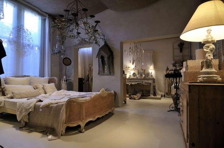 Arredamento parigino foto design mag - Camera da letto in francese ...