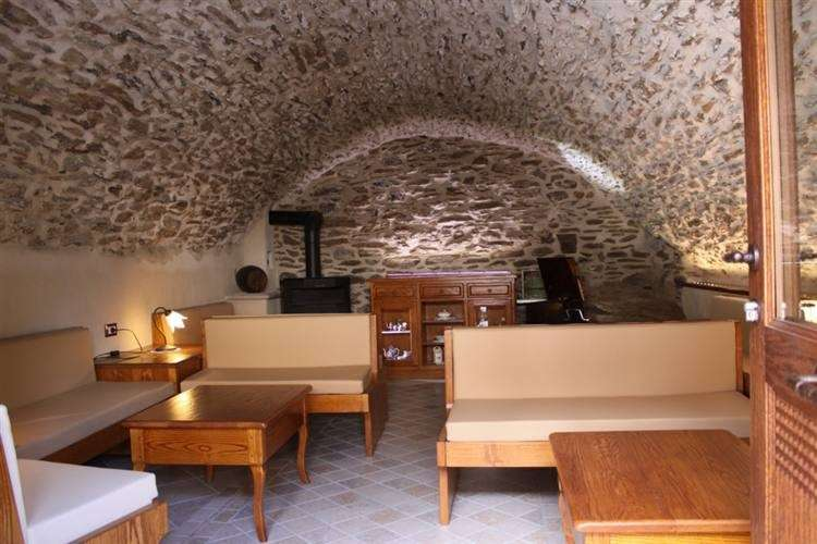 Taverna con soffitto a botte