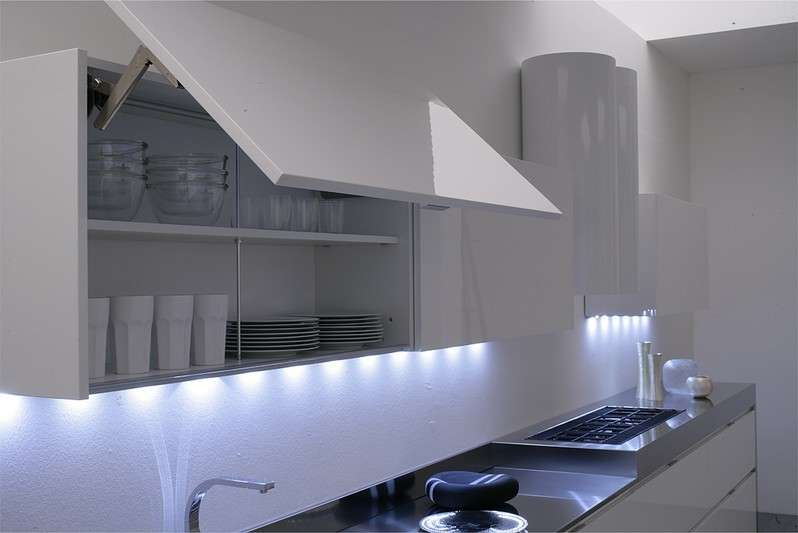 Illuminare la cucina foto 5 40 design mag for Luci led cucina