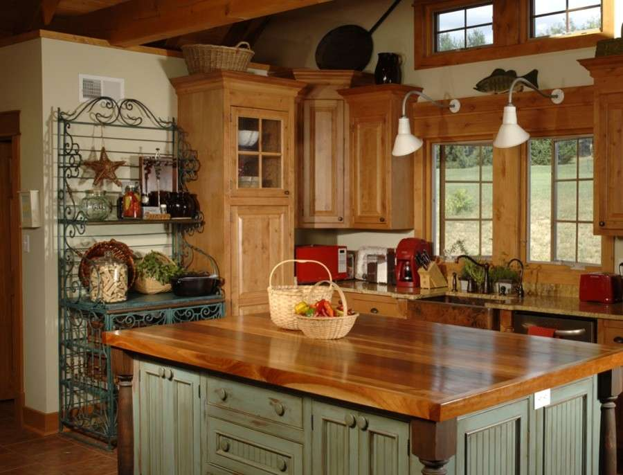 Emejing Cucine Rustiche Con Isola Images - Amazing House Design ...