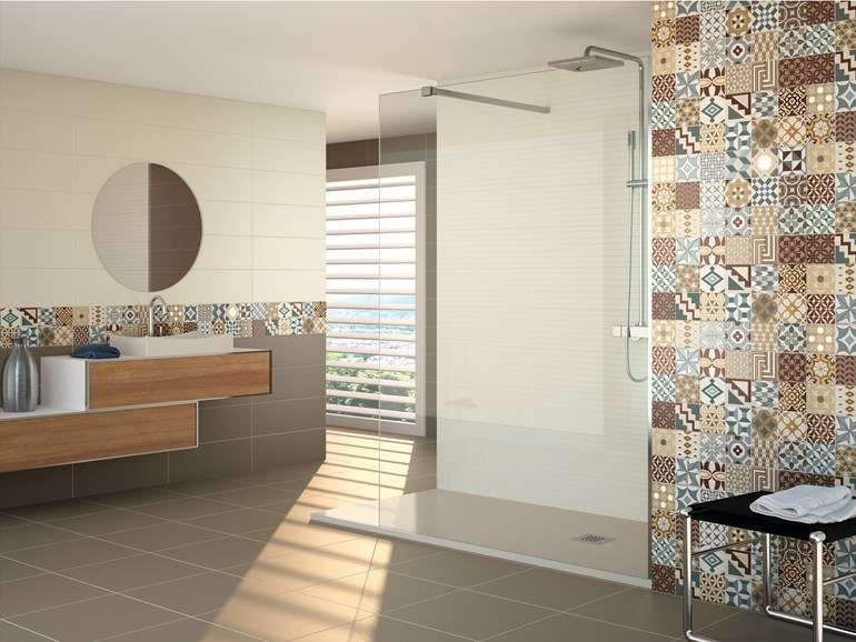 Piastrelle bagno moderno foto 27 61 design mag for Piastrelle decorate bagno