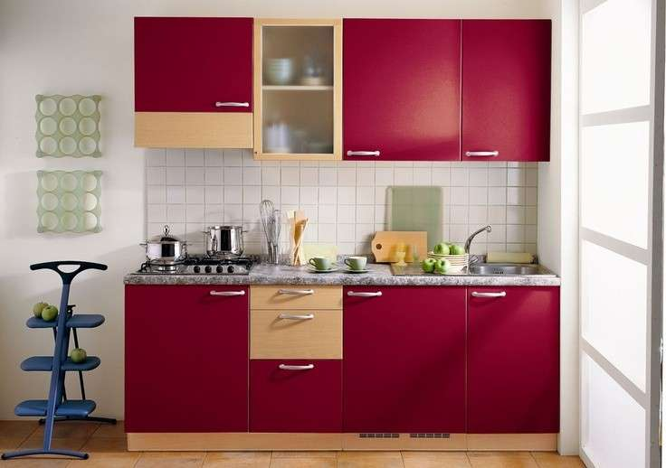 Awesome cucina moderna rossa pictures ideas design - Cucina rossa lucida ...