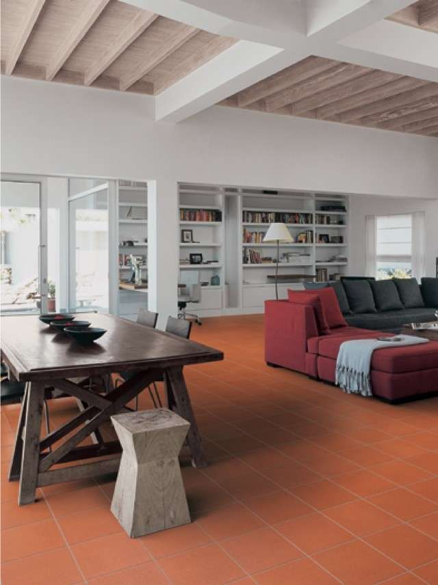 Arredare casa con pavimento in cotto foto 4 29 design mag for Arredare un salone moderno