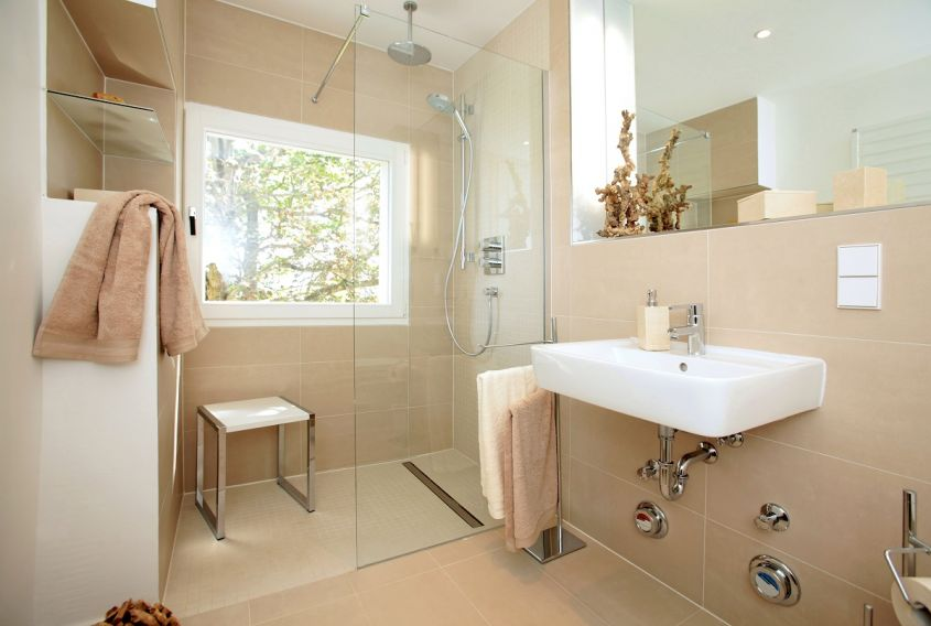 Little,Bathroom,After,Renovation,For,Seniors,Or,Handicaped,Persons