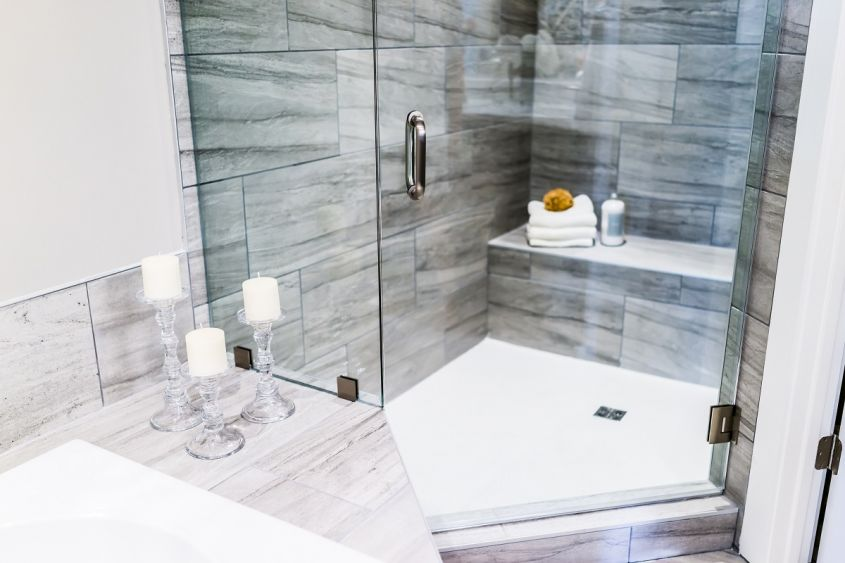 Closeup,Of,Staging,Modern,Stone,Grey,Tiled,Bathroom,,Marble,Countertop