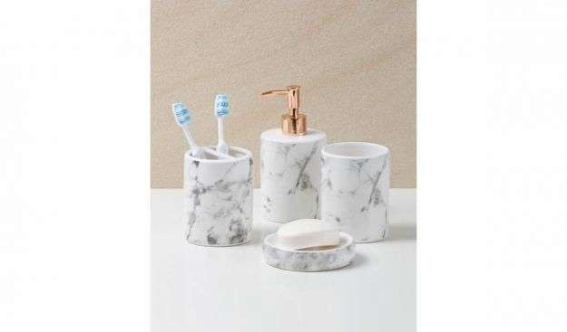 Set bagno in marmo