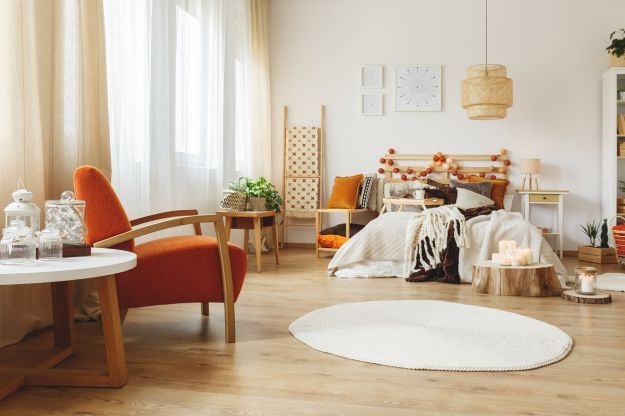 Fully,Furnished,Cozy,Spacious,Bedroom,With,Wooden,Furniture